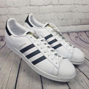 adidas Originals Men's 19 M Black/White Superstar